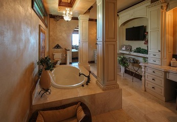 Create a Luxurious Spa-quality Bathroom with Palm Coast Home Builders