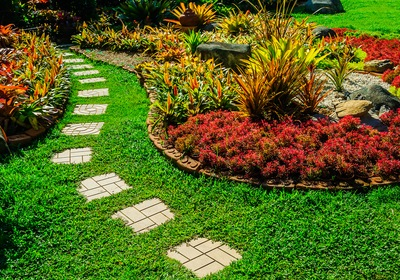 3 Custom Home Landscaping Ideas for Lawn and Garden Month